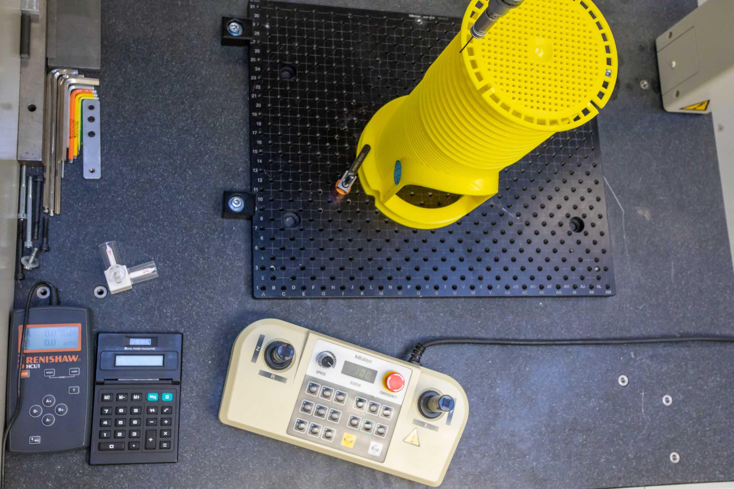 Kunststoffverarbeitung Winter Maschine Prototyp Spritzgussform Verarbeitung Produktion Herstellung