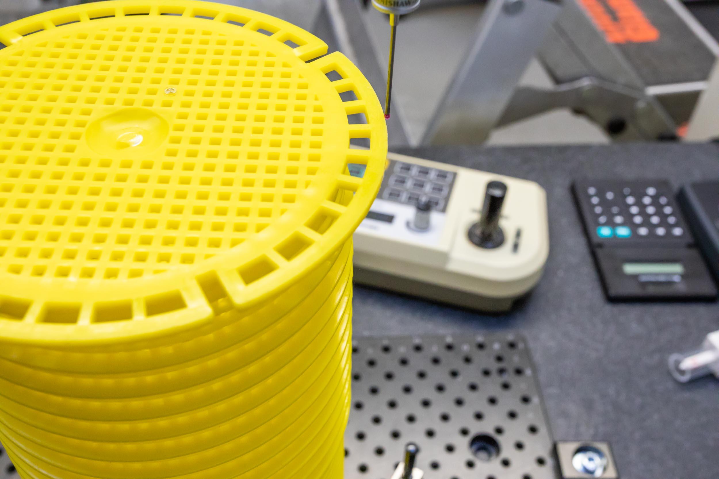 Kunststoffverarbeitung Winter Maschine Prototyp Spritzgussform Präzision Qualität Produktion Herstellung