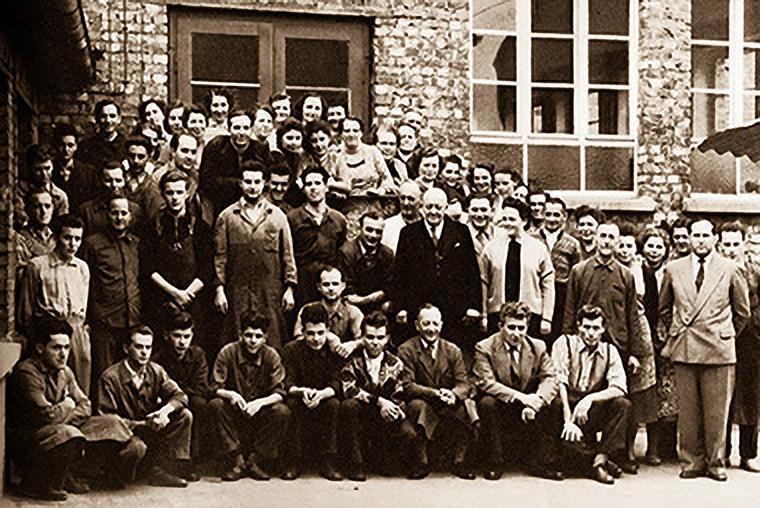 Foto der Belegschaft 1967